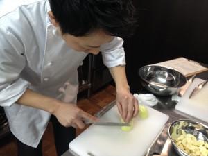 包丁の持ち方・野菜のカット