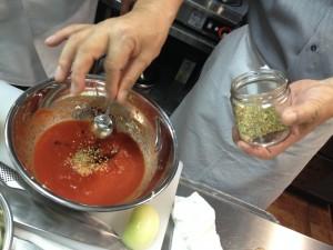 トマトソース作製
